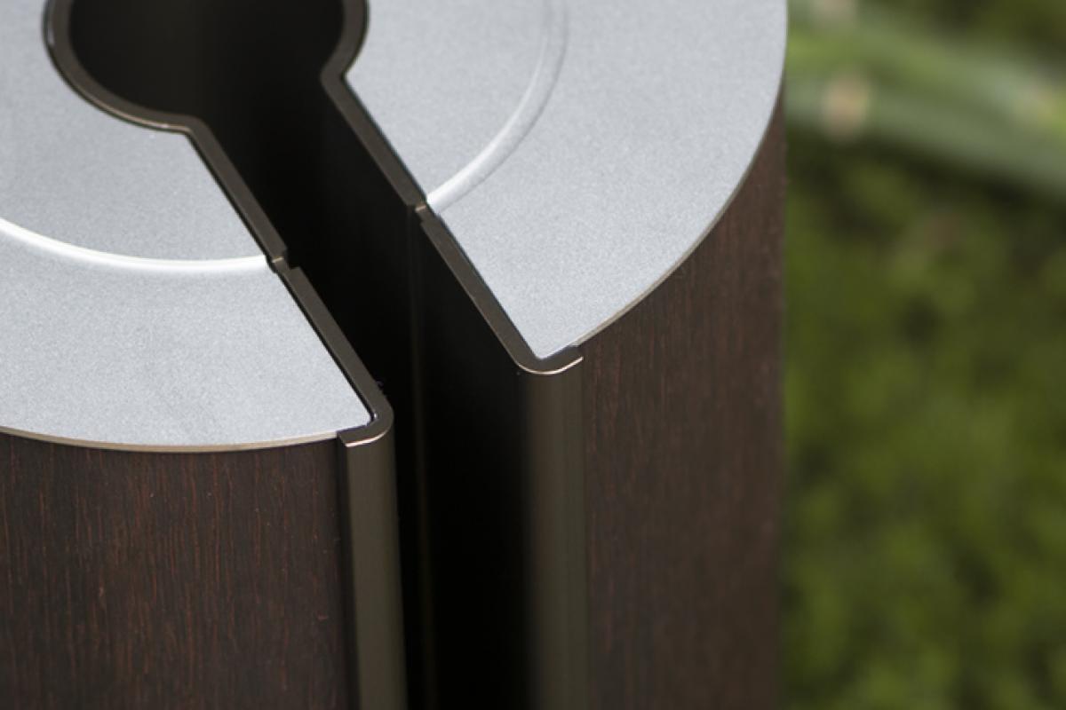 illum urn - Smoked Oak Bronze