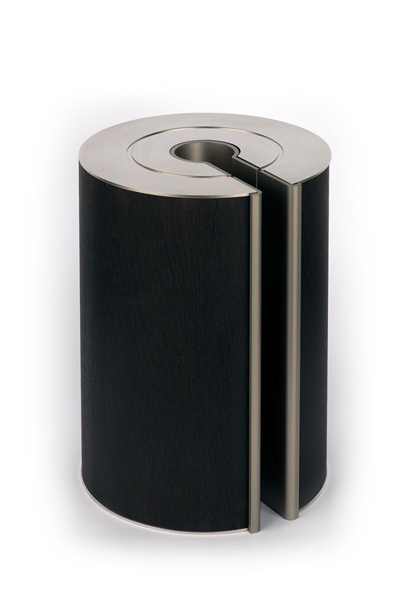 illum urn - Smoked Oak - Platinum