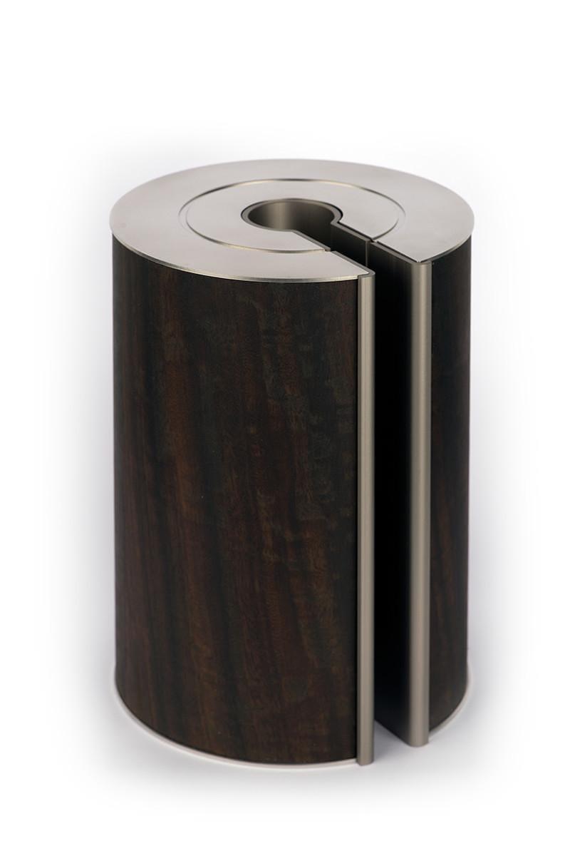 illum urn - Smoked Eucalyptus - Platinum